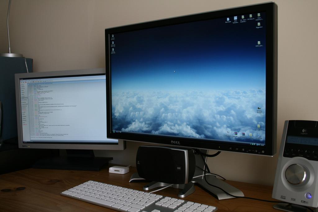 Czy warto kupić monitor 22 calowy?